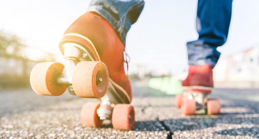 Inline vs Roller Skates For Beginners
